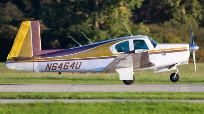 N6464U - Mooney M20C - Private