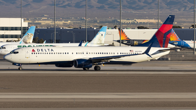 A picture of N803DN - Boeing 737932(ER) - Delta Air Lines - © David Lee