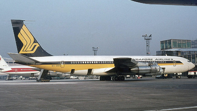 9V-BDC - Boeing 707-327C - Singapore Airlines