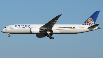 A picture of N38955 - Boeing 7879 Dreamliner - United Airlines - © Stefan Bayer