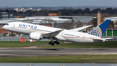 A picture of N27908 - Boeing 7878 Dreamliner - United Airlines - © Leo Sheng
