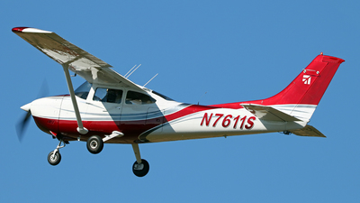 N7611S - Cessna 182Q Skylane - Private