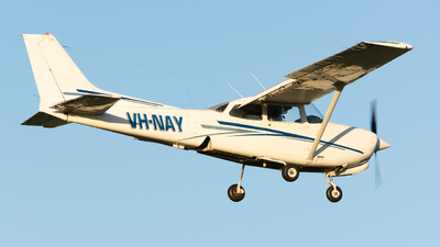 VH-NAY - Cessna 172RG Cutlass RG - Private