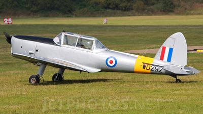 A picture of GBCRX - De Havilland Canada DHC1 Chipmunk - [C1/0232] - © Tartanpics