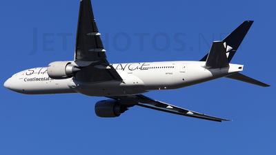 N77022 - Boeing 777-224(ER) - Continental Airlines