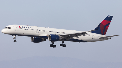 A picture of N544US - Boeing 757251 - Delta Air Lines - © Jacob Singer