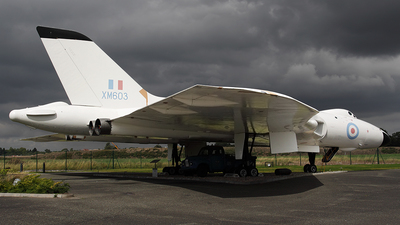XM603 - Avro 698 Vulcan B.2 - Private