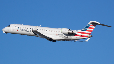 A picture of N705SK - Mitsubishi CRJ701ER - American Airlines - © Stephen J Stein