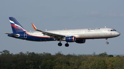 VP-BFK - Airbus A321-211 - Aeroflot