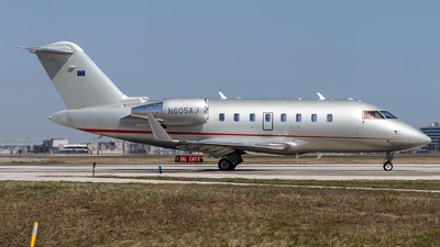 N605AJ - Bombardier CL-600-2B16 Challenger 605 - Private
