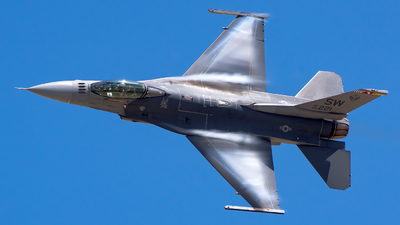 00-0220 - Lockheed Martin F-16CJ Fighting Falcon - United States - US Air Force (USAF)