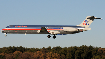 N458AA - McDonnell Douglas MD-82 - American Airlines