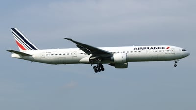 A picture of FGSQH - Boeing 777328(ER) - Air France - © NRT Spotter