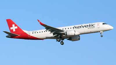 A picture of HBJVS - Embraer E190AR - Helvetic Airways - © Bluerick - Ricardo Capa
