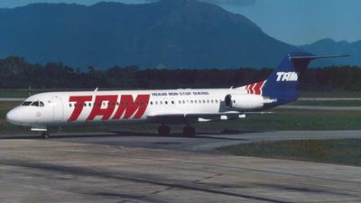 PT-MQG - Fokker 100 - TAM Linhas Aéreas