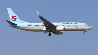 HL7757 - Boeing 737-8GQ - Korean Air