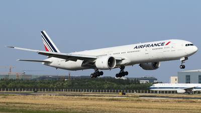 F-GSQK - Boeing 777-328ER - Air France