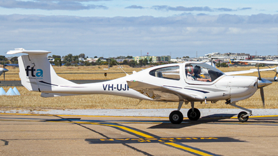VH-UJP - Diamond DA-40 Diamond Star XLS - Flight Training Adelaide