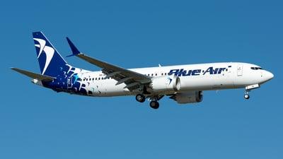 A picture of YRMXB - Boeing 737 MAX 8 - Blue Air - © Ramon Jordi