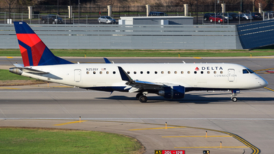 A picture of N253SY - Embraer E175LR - Delta Air Lines - © John Newsome