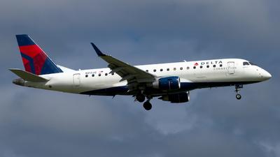 A picture of N212JQ - Embraer E175LR - Delta Air Lines - © Davis Dore