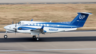 A picture of N880UP - Beech B300 Super King Air 350 - Gama Aviation - © Yixin Chen