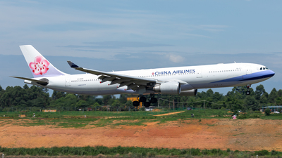 B-18351 - Airbus A330-302 - China Airlines