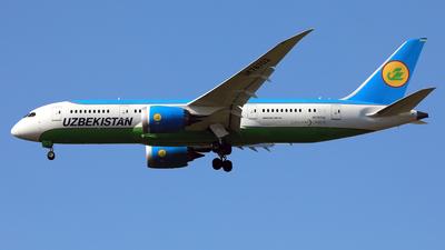 A picture of UK78702 - Boeing 7878 Dreamliner - Uzbekistan Airways - © Eddie Heisterkamp
