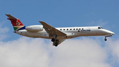 A picture of ZSSNX - Embraer ERJ135LR - Airlink - © Austin Ferreira