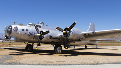44-6393 - Boeing B-17G Flying Fortress - United States - US Air Force (USAF)