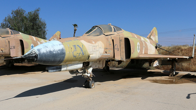111 - McDonnell Douglas F-4E Kurnass - Israel - Air Force