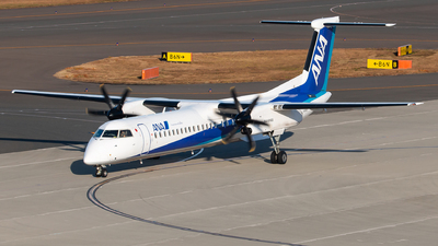 JA845A - Bombardier Dash 8-Q402 - ANA Wings
