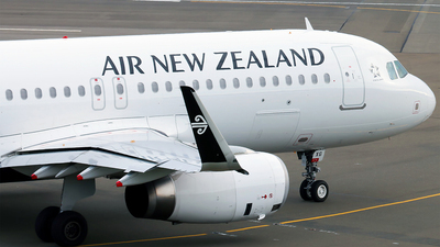 ZK-OXG - Airbus A320-212 - Air New Zealand