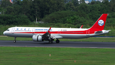A picture of B307E - Airbus A321271N - Sichuan Airlines - © baobao723