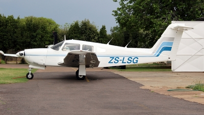 ZS-LSG - Piper PA-28RT-201 Arrow IV - Private