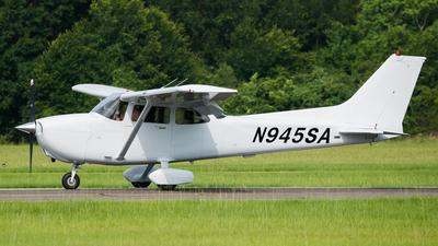 N945SA - Cessna 172S Skyhawk - Private