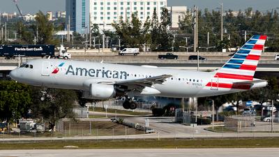 N103US - Airbus A320-214 - American Airlines