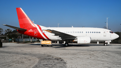N923LC - Boeing 737-55S - Untitled