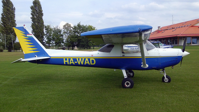 HA-WAD - Cessna 152 - Private