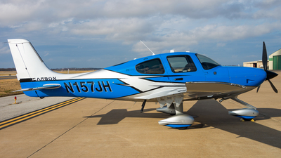 N157JH - Cirrus SR22-GTS Carbon - Private