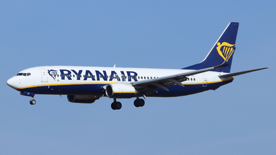 A picture of EIEKI - Boeing 7378AS - Ryanair - © Scotty Antico