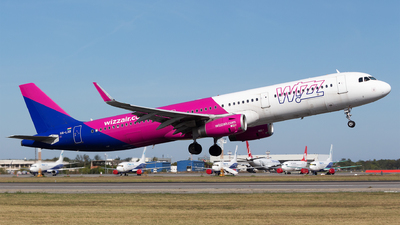 HA-LXB - Airbus A321-231 - Wizz Air
