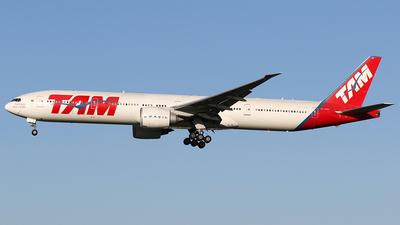 PT-MUH - Boeing 777-32WER - TAM Linhas Aéreas
