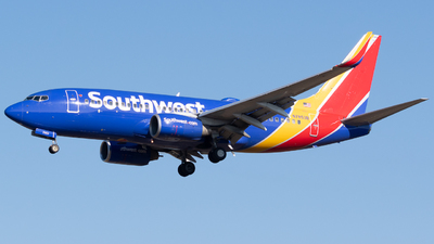 N7853B - Boeing 737-7Q8 - Southwest Airlines