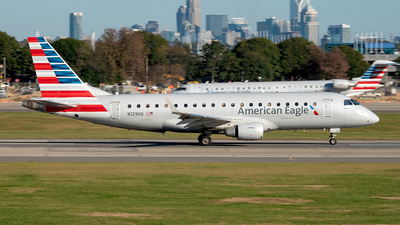 A picture of N129HQ - Embraer E175LR - American Airlines - © Yan777