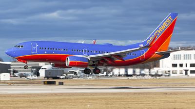 N780SW - Boeing 737-7H4 - Southwest Airlines