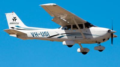 A picture of VHUSI - Cessna 172S Skyhawk SP - [172S10252] - © Clayton Ferguson