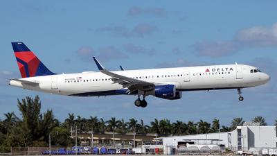 N326DN - Airbus A321-211 - Delta Air Lines