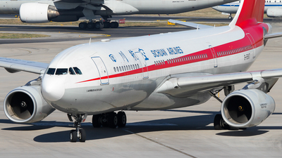 B-5907 - Airbus A330-243 - Sichuan Airlines