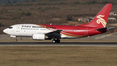 B-5025 - Boeing 737-7BX - Shenzhen Airlines